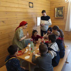 Детский Пасхальный праздник прошел в Воскресной школе имени свт. Иоанна Милостивого