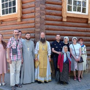 В субботу 3 июля состоялась паломническая поездка в Вырицу для учащихся взрослого отделения Воскресной школы