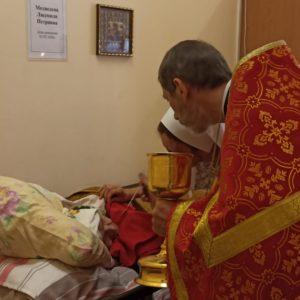Сестринская литургия в день памяти великомученика и целителя Пантелеимона в храме преподобномученика Андрея Критского в Сергиево